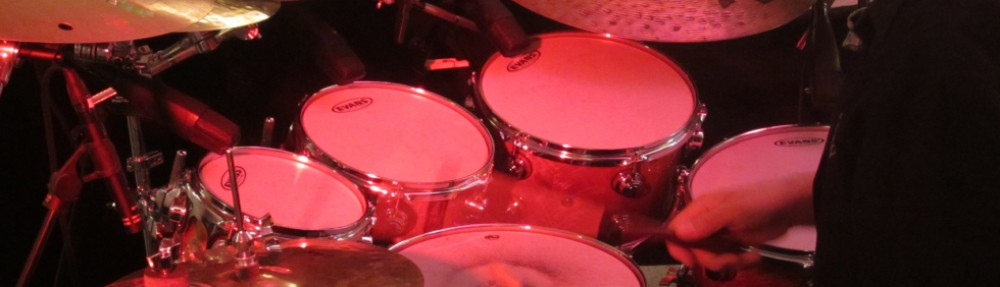 cropped-11.-Drums-Athmo.jpg